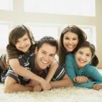Cambie su actitud a nivel familiar. Contágielos de alegría y armonía