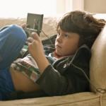 Como padres debemos estar alerta sobre los Sitios de Internet que visitan nuestros hijos