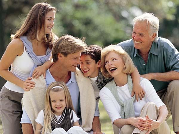 Nu Famille Photos et images de collection Getty