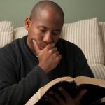 Leer la Biblia cada día es una experiencia transformadora