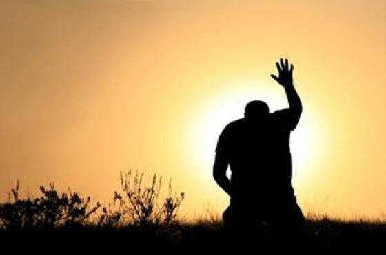 La oración libera el poder transformador de Dios