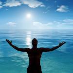Ábrale su corazón a la felicidad con ayuda de Dios
