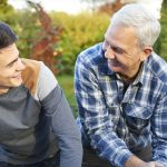 Cuatro recomendaciones para ayudar a su hijo a sobrevivir a la adolescencia