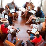 En las Células o Grupos Familiares, los cristianos experimentan crecimiento en la fe