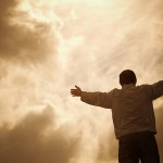 A través de la oración movemos las montañas de lo imposible