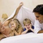 Su primera obligación familiar: Dar amor a su cónyuge