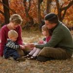 Es importante que avivemos el amor familiar con ayuda de Dios