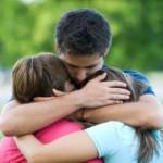 Actuar con amor trae el perdón familiar